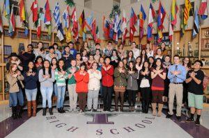Du học sinh từ các nước khác nhau trên thế giới