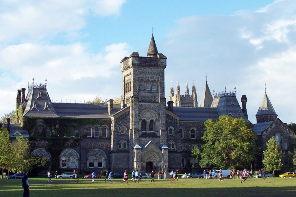 Du học Canada trường đại học Toronto